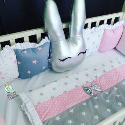 סט למיטת תינוק , סט מצעים למיטת תינוק , סט מצעים לתינוק, מצעים לתינוק , מצעים למיטת תינוק בעיצוב אישי , סט לתינוק, מתנת לידה , מתנה ליולדת
