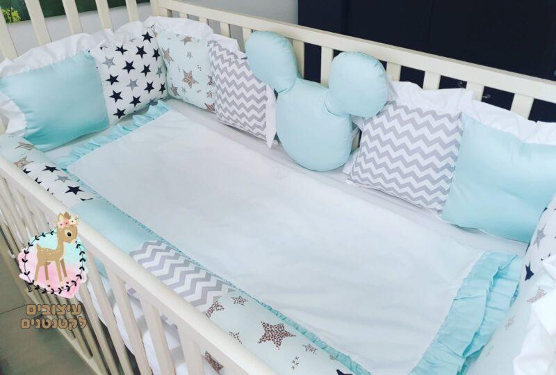 מצעים למיטת תינוק , מצעים לתינוקות , מצעים יפים לתינוקות , כלי מיטה לתינוקות , סט מצעים לתינוק , סט מצעים לתינוקת , מגן ראש לתינוק , מגם ראש לתינוקת , מגן ראש למיטת תינוק , מצעים למיטת תינוק , מצעים , תינוק , תינוקת , סדים למיטת תינוק , שמיכה לתינוק , שמיכה למיטת תינוק , שמיכת חורף לתינוק , שמיכת קיץ לתינוקות , שמיכת קיץ לתינוקת