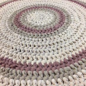 """שטיח סרוג דגם """"פסטל בורדו"""""""