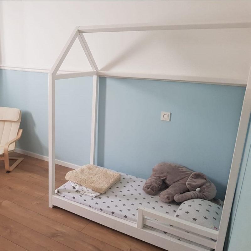 מיטת מעבר עם מעקה בטיחות קדמי (דגם 2)