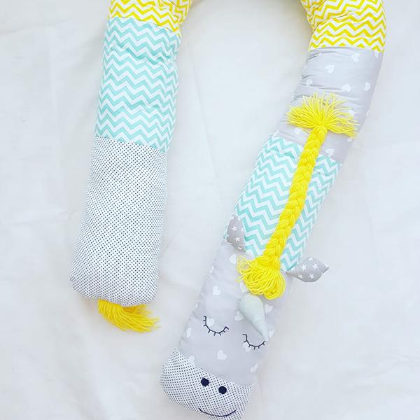 נחשוש ארוך לתינוק צהוב