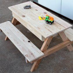 שולחן משחקים לילדים מעץ