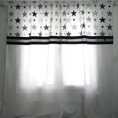 וילון שחור לבן לחדר תינוק